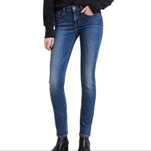 Levi's classic skinny mid rise jeans